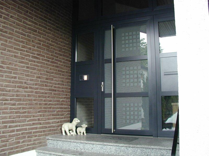 Haustüren mit seitenteil und briefkasten  Weitere Biffar Aluminium-Haustüren - Biffarstudio Friedberg ...