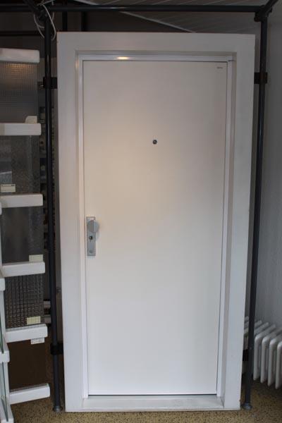 wohnungseingangst ren biffarstudio friedberg biffarstudio friedberg. Black Bedroom Furniture Sets. Home Design Ideas