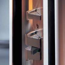 Keine Chance für Scheckkarten: Die Fallensperre von Biffar blockiert die Falle bei geschlossener Tür automatisch.